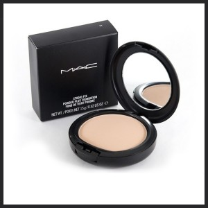 Phấn Phủ Mac Studito Fix Powder Plus Foundation